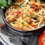 Лагман с кайлой (лапша с соусом из овощей и мяса) Вторые блюда Таджикская кухня
