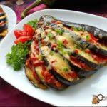 Баклажаны с сыром и помидорами Баклажаны Из овощей