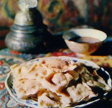 Этли борек (четырехугольные пельмени с мясным фаршем) Туркменская кухня