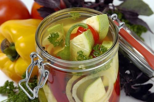 Кабачки в яблочном соке с морковью Заготовки, консервирование