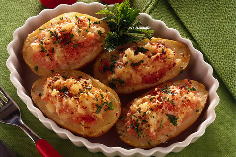 Картофель, фаршированный рыбой Из картошки