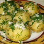 Картофель со сливками и зеленью Из картошки