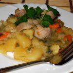 Картофель, тушенный с зеленью Из картошки