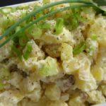 Картофельный салат с вареными яйцами Из картошки