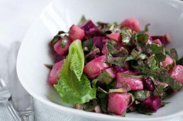 Картофельный салат со свеклой