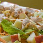 Куриный салат с абрикосами Салаты
