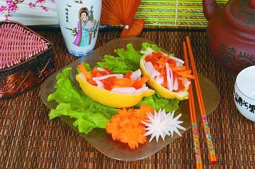 Лодочки из копченого лосося с овощами Японская кухня