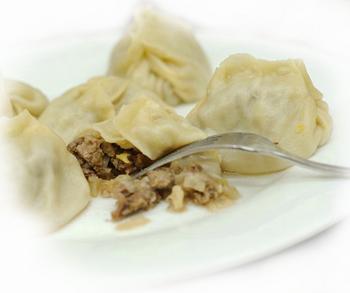Манты с начинкой из бараньих почек Вторые блюда Манты