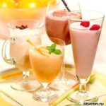 Молочный коктейль с фруктами Напитки