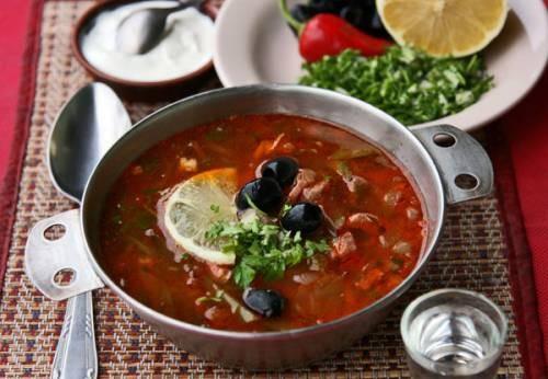 Мясная солянка Супы