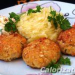 Мясные биточки с овощным гарниром Вторые блюда Молдавская кухня