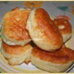 Оладьи из дрожжевого теста Русская кухня
