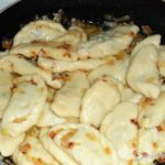 Пельмени с начинкой из цветной капусты и грибов Вторые блюда Пельмени