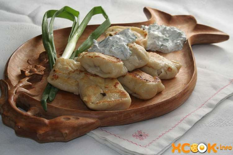 Пельмени с начинкой из рыбы и капусты Вторые блюда Пельмени