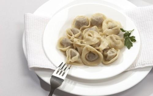 Пельмени с начинкой из рыбы и морской капусты Вторые блюда Пельмени