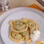 Пельмени с начинкой из сушеных грибов и яиц Вторые блюда Пельмени