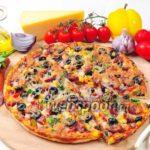 Пицца с луганскими колбасками Пицца