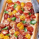 Пицца с помидорами и горчицей Пицца