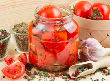 Пикантные помидоры