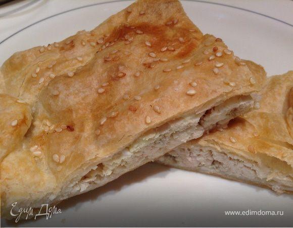 Пирог с осетриной и репчатым луком