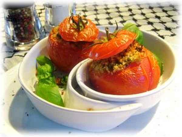 Помидоры фаршированные «Пикантные» Из овощей