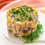 Салат из грибов, кукурузы, картофеля и яиц Молдавская кухня Салаты