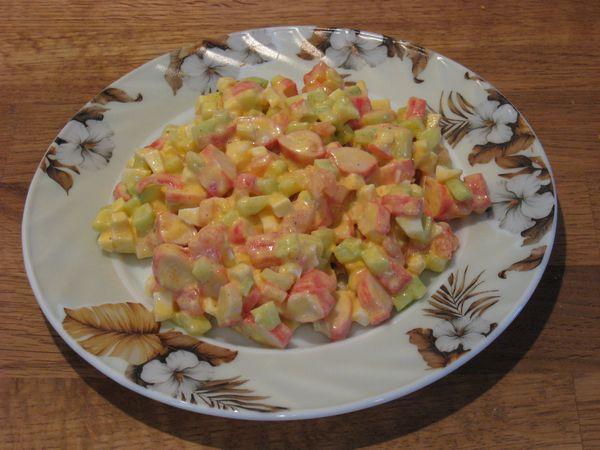 Салат из помидоров и плавленых сырков Салаты