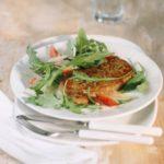 Салат из рукколы с холодным стейком и рокфором Салаты