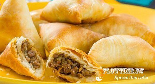 Самбуса бараки (пирожки с мясным фаршем)