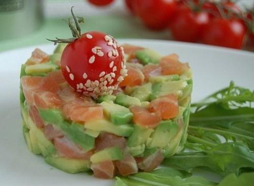 Семга с сыром и авокадо Блюда из рыбы Закуски