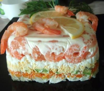Слоеный салат из морепродуктов Японская кухня