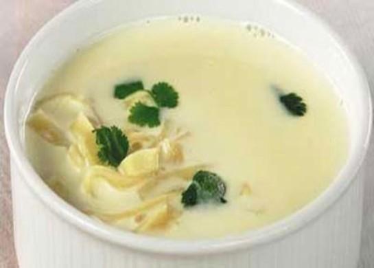 Суитли-унаш (суп-лапша с молоком)