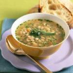 Суп из фасоли с орехами Грузинская кухня
