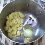Суп из салаки с картофелем и специями Эстонская кухня