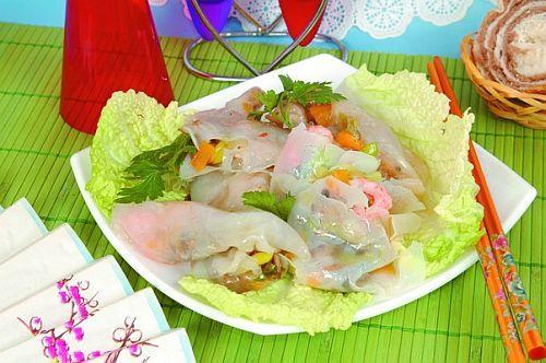 Суси с омарами, креветками и камбалой Японская кухня