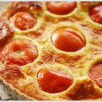 Сырный торт с помидорами и базиликом Американская кухня