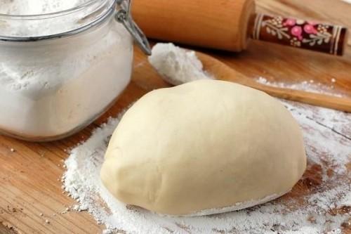 Тесто для вареников (2-й способ) Вареники Украинская кухня