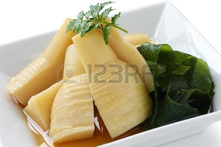 Тушеные ростки бамбука Японская кухня