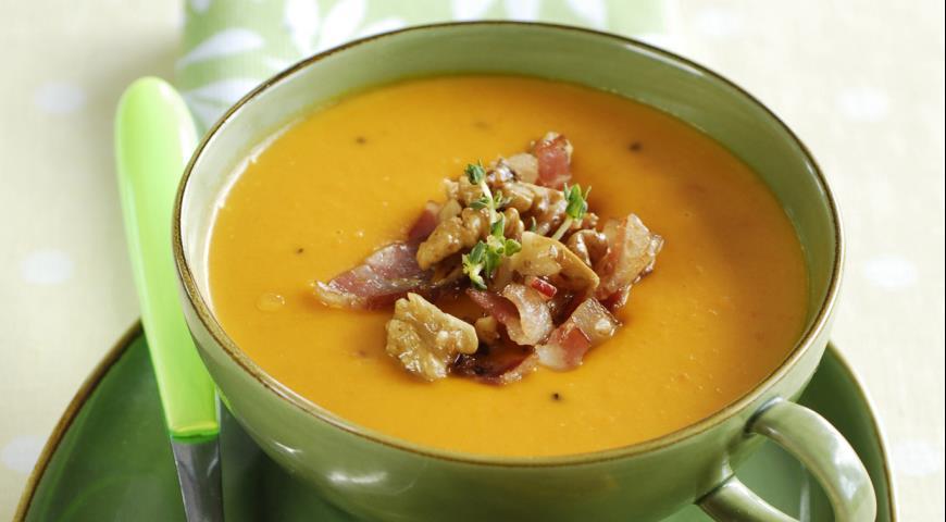Тыквенный суп-пюре с курицей и беконом Супы