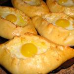 Хачапури (ватрушка с сыром) Грузинская кухня