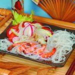 Жареные тигровые креветки с рисовой вермишелью Японская кухня