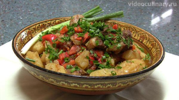Жаркоп (жаркое из баранины с зеленью) Узбекская кухня