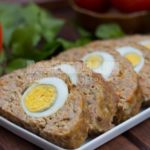 Зразы мясные с фаршем из яиц хлеба и сала Литовская кухня