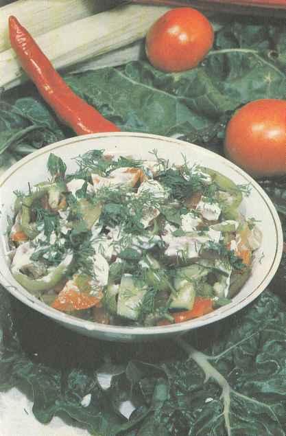 Салат из мангольда с другими овощами
