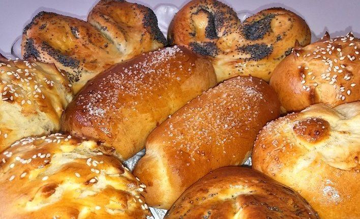 Сдобные булочки со сметаной