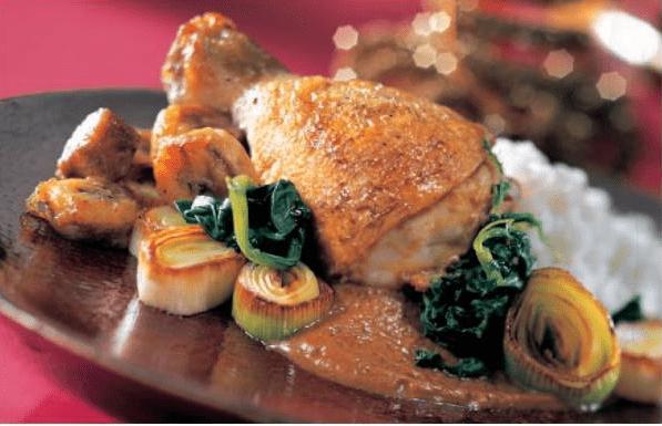 Цыпленок с моамбе
