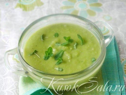 Французский суп с зеленым горошком
