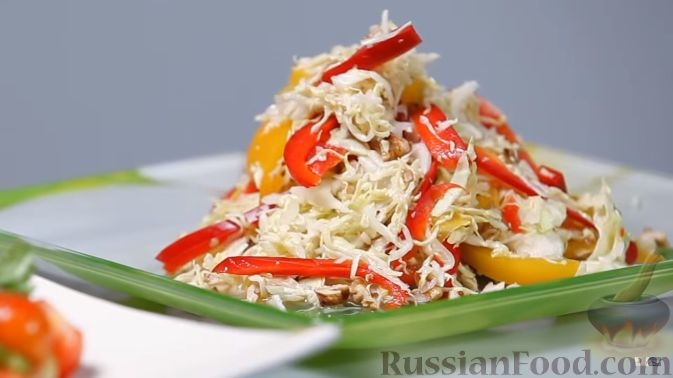 Капустный салат с перцем