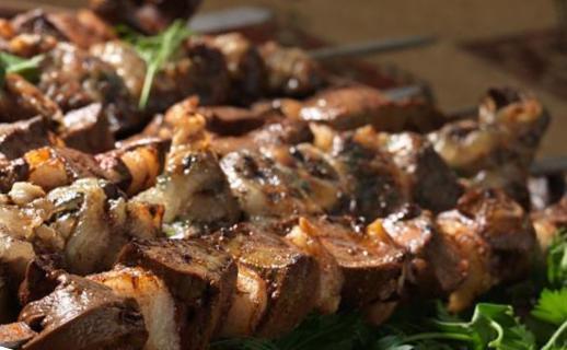 Карси хоровац (шашлык из баранины)