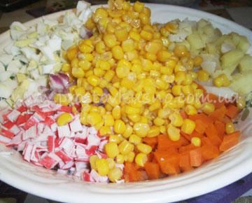 Картофель с крабовыми палочками